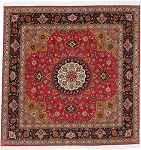 6x6 Square Tabriz Persian rug with silk